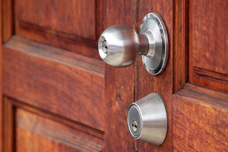 Residential Door Hardware Chicago Door Knobs Amp Door Handles