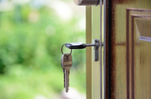 Going Out of Town? Security Tips for Leaving Home