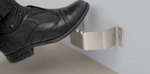 Foot Pulls Entry